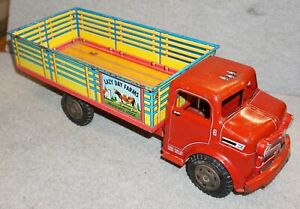 VINTAGE CIRCA 1950's MARX LAZY DAY FARMS DAIRY TRUCK TIN PRESSED STEEL TOY NICE