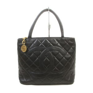 Chanel Tote Bag  Black Leather 1727944