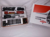 AMERICAN FLYER #20420 FREIGHT TRAIN SET IN NICE REPRODUCTION BOX LOT #M-101
