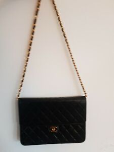 Authentic CHANEL Black Lambskin Flap timeless medium Bag Classic Vintage repair