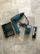 """Makita 6095D 9.6V 3/8"""" Drive Drill with Charger, battery, drillbits Works Great"""