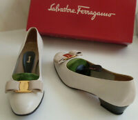 SALVATORE FERRAGAMO Cream Vara Bow Pumps Ballet Court Shoes Size US 7.5 EU 38