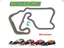Scalextric Digital Set SL11 Silverstone con 4 coches extra y un conjunto de bonificación arcpro