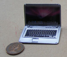 Escala 1:12 De Metal Plateado Casa De Muñecas Apple Mac Book Air Laptop Computadora de apertura