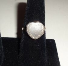 Vintage Sterling Silver Heart Pill Box Womans Ring Size 8 1/2