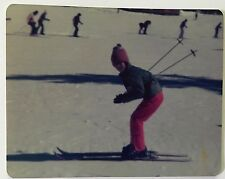 vintage PHOTO Learning how to ski for the first time
