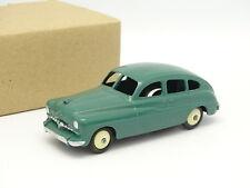 Dinky Toys France 1/43 - Ford Vedette Verte