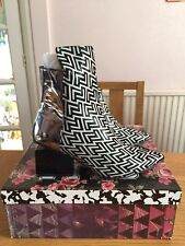BNIB Jeffrey Campbell Print Point Heeled Ankle Boots UK 6 US8 Black White Silver