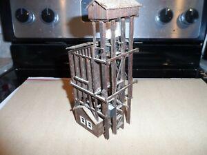HO SCALE COALING TOWER  WOOD KIT BILT