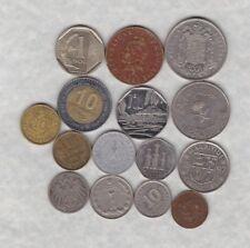 15 Monedas Mundiales mixtos en muy buena condición de menta