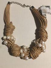 Gardenia glass pearls beige white necklace  new