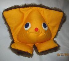 Fisher Price Squeak A Boo Baby Toy Plush Rattle Starfish 416 Boys & Girls 1973