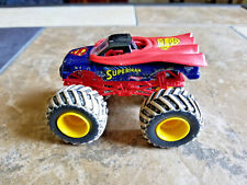 HOT WHEELS MONSTER JAM SUPER MAN MUD TREADS 1:64 TRUCK!
