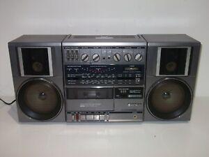 Vintage Hitachi TRK-9100E Stereo Cassette Recorder, Boombox, Ghettoblaster