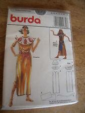 """4670  PATRON """"BURDA COSTUME  SPHINX ET CLEOPATRE   TAILLE 36 AU 46"""