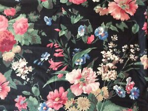 5 + Yards Vintage Polished Cotton Fabric - Large Floral On Black Background