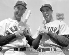 Joe DiMaggio & Ted Williams UNSIGNED photo - K9300 - At Fenway Park in 1950