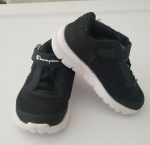 CHAMPION SNEAKERS TODDLER SIZE 6 BLACK WHITE EX CONDITION BABY INFANT
