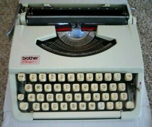 BROTHER CHARGER 11 Portable Manual Typewriter w/ Cover Compact TESTED