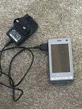 LG Vodafone Digital Camera Phone With Travel Adapter Charger