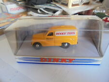 Dinky Toys DY-15B 1953 Austin A40 Van with Dinky Toys Decals