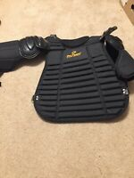 PRO TEAM CPUI-2 BASEBALL  UMPIRE  CHEST PROTECTOR COLOR BLACK