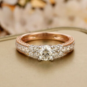 Brilliant 5mm Round Cut Moissanite Center Ring 14K 585 Two-tone Gold Engagement