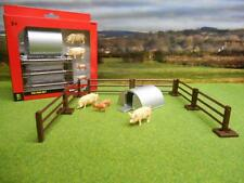 Britains 43140A1 2 Pigs 2 Piglets and 6 Pieces Replica Plastic Pig Pen Farm Set
