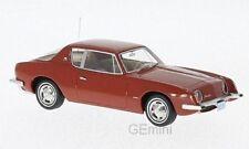 NEO 47175 - Studebaker Avanti rouge - 1963    1/43
