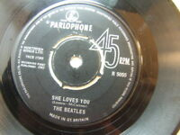 """The Beatles – She Loves You 1963 7"""" Parlophone R 5055"""