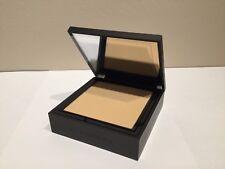 BURBERRY Cashmere Compact Light Honey No.10 Flawless Soft Matte Foundation NU