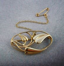 Scottish Ola Gorie 9ct Yellow Gold Arts and Crafts Brooch Cecily Safety Chain