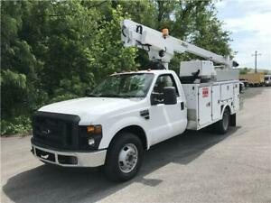2008 Ford Super Duty F-350 DRW 36ft BUCKET TRUCK ALTEC Only 59k