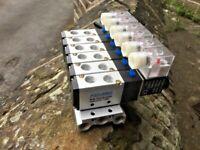 "UK stock - 4V2108-08 24VDC 6 STATION SOLENOID VALVE MANIFOLD ¼"" PORTS"