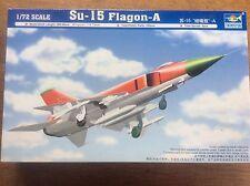 Model Kit Trumpeter Fighter Plane Sukhoi Su-15 Flagon-A Interceptor 1/72 01624