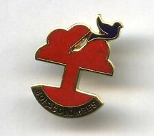 pin badge BOIS COLOMBES promotional logo PIGEON dove of peace