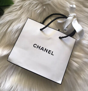 Genuine Chanel White Gift Bag Wrapping Packaging Ribbon Package $4 EXPRESS