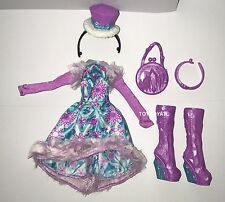 Ever After High Epic Winter Madeline Hatter Doll Outfit Clothes Dress Shoes NEW
