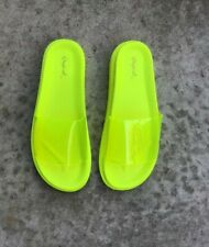 Quipd Bossy-08 Flat Summer Slides Sandals Neon Yellow New