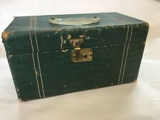 Vintage MID CENTURY 1940s-50s  Travel Makeup TRAIN CASE Green