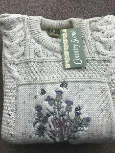 100% British Wool Aran Cream Fleck Classic Crew Neck Jumper Cable Knit Thistle