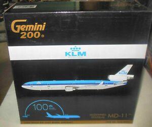 GEMINI JETS KLM MD-11 100 YEARS 1:200 DIE-CAST MODEL G2KLM844 W/ STAND & GEAR