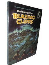 Three Investigators #32: The Mystery of the Blazing Cliffs M. V Carey PB Keyhole