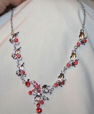 Lovely Sculpted Ruby Red Rhinetones Leaf Clusters Silvertone Pendant Necklace