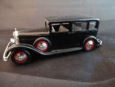 Mercedes Limousine noire de 1929 de marque Eligor