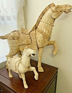 Vintage Horses Hand Carved Bovine Bone Carving Statue Figurine Asian Chinese