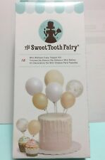 American Crafts Sweet Tooth Fairy Accesories Mini Ballon Cake Topper Kit. Gold.