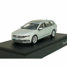 VW Passat Variant B8 1:43 Reflex Silver Metallic 3G9099300A A7W Model Car New