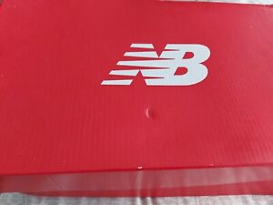 New Balance Mens Trainers Size 9