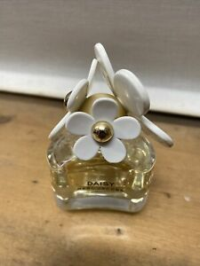 Marc Jacobs Daisy 50ml Eau De Toilette Spray Brand New Sealed Box